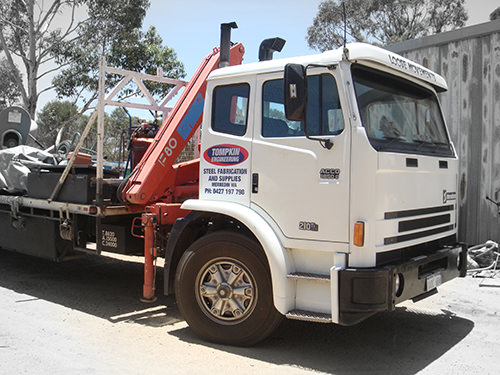 Truck - 9 Metre Tray and Hi-Ab Crane